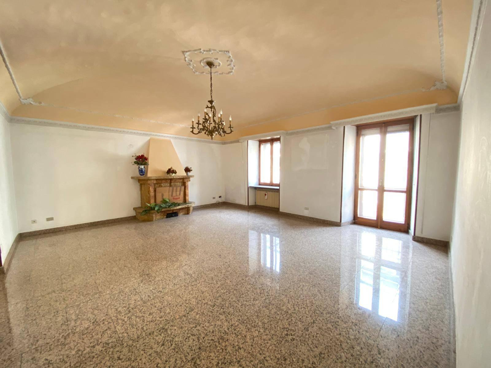 Bussoleno (TO): Appartamento 4 locali ristrutturato
