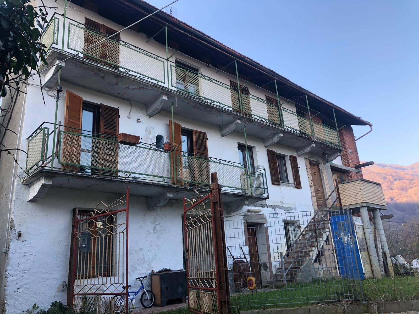 Rubiana (TO): Casa indipendente con terreno