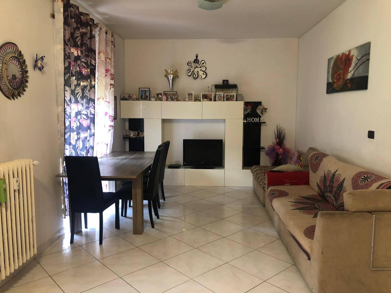 Caprie (TO): Appartamento 4 locali, 100 mq. c.a. Box e cantina