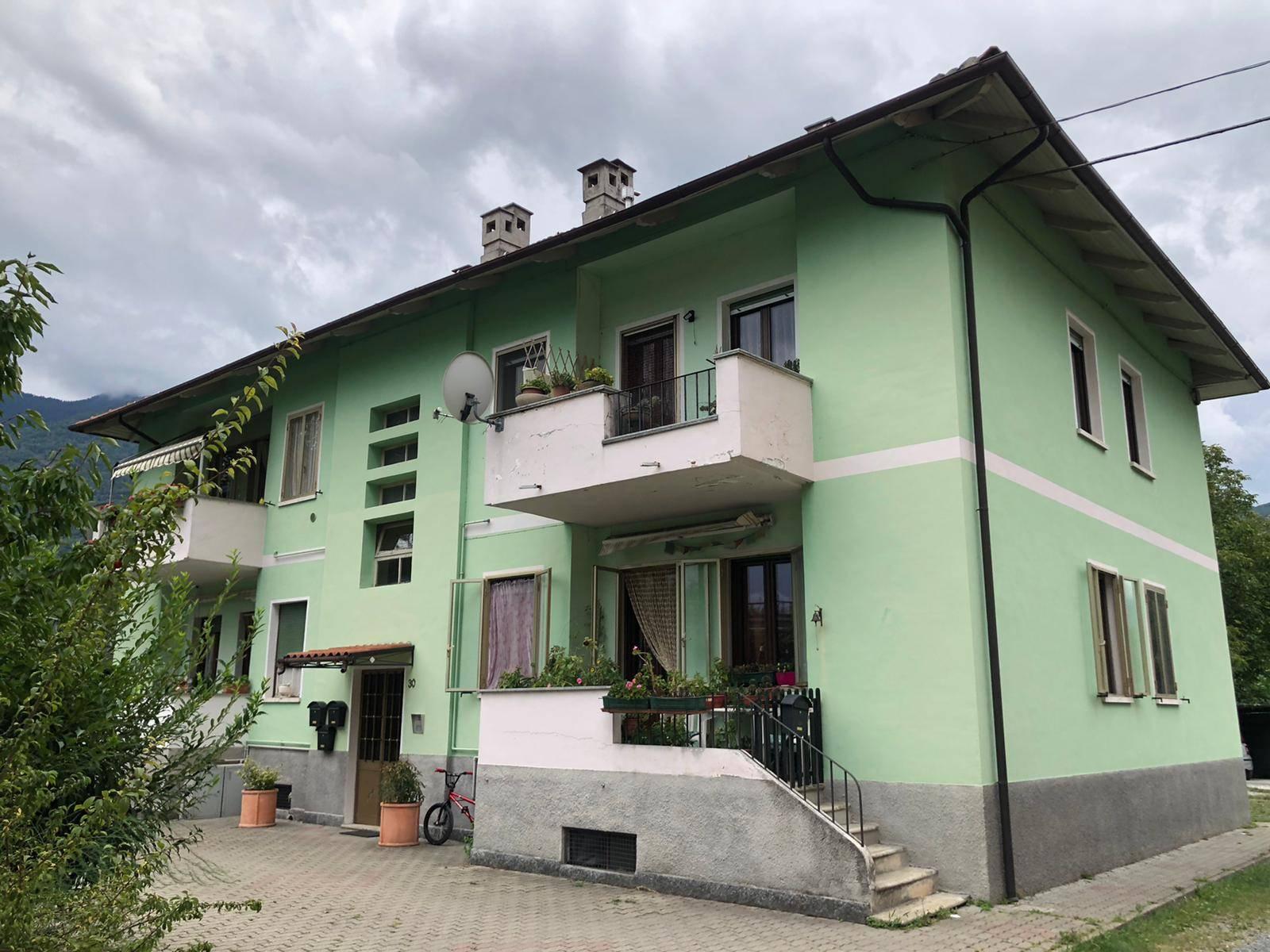 Borgone Susa: 4 Locali con taverna e giardino