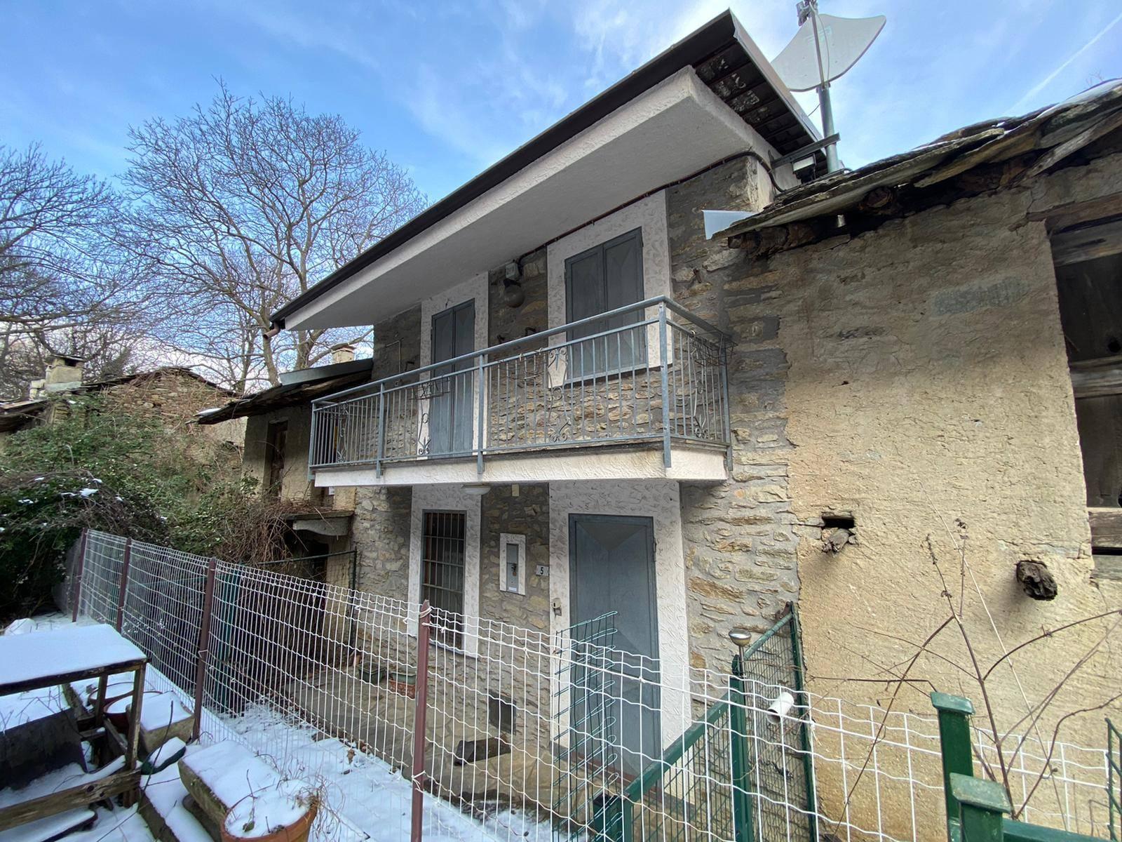 San Giorio Susa (TO): Casa Semindipendente con giardino in  Borgata Garda