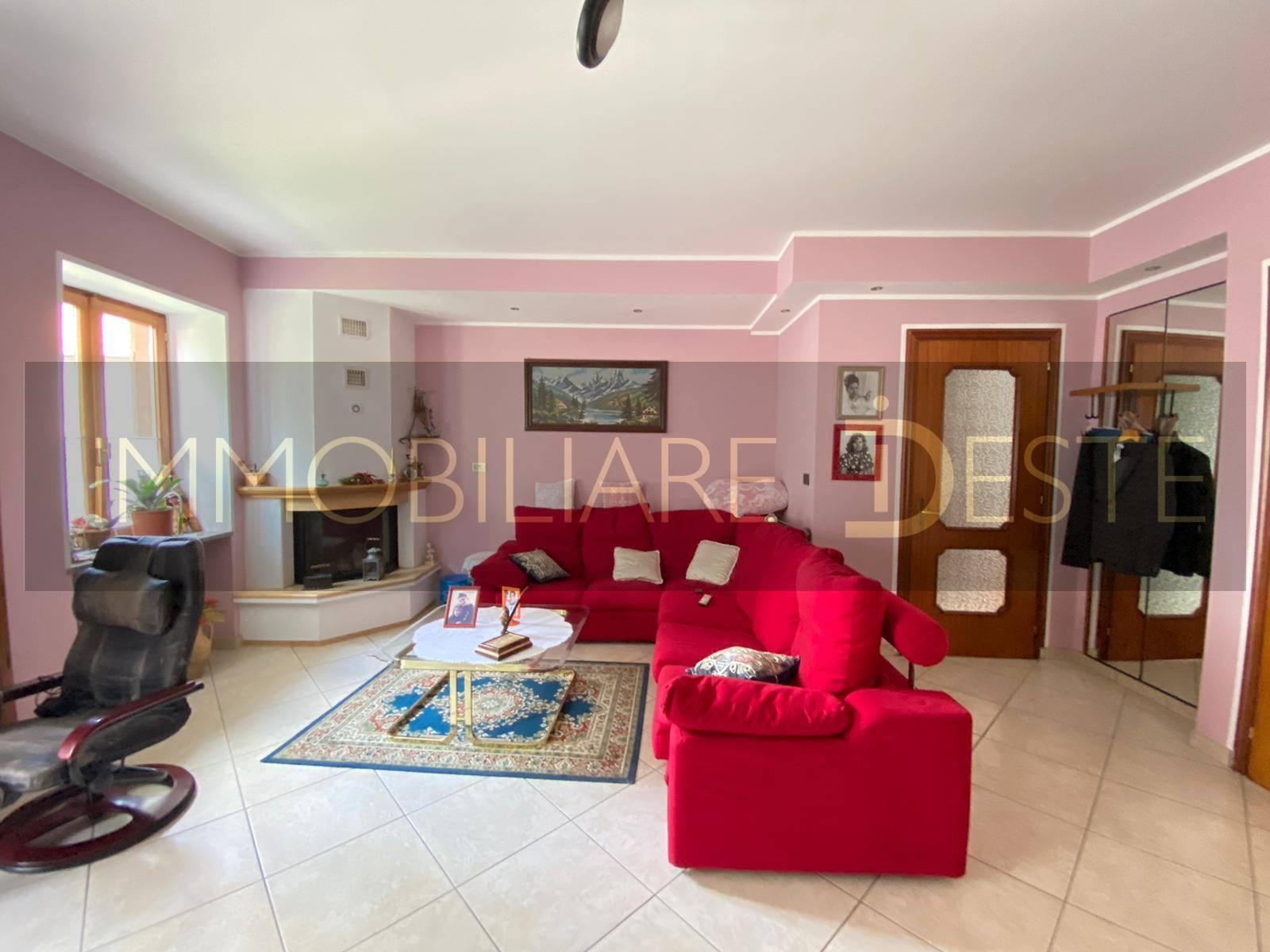 Sant'Ambrogio (TO): Appartamento più masarda