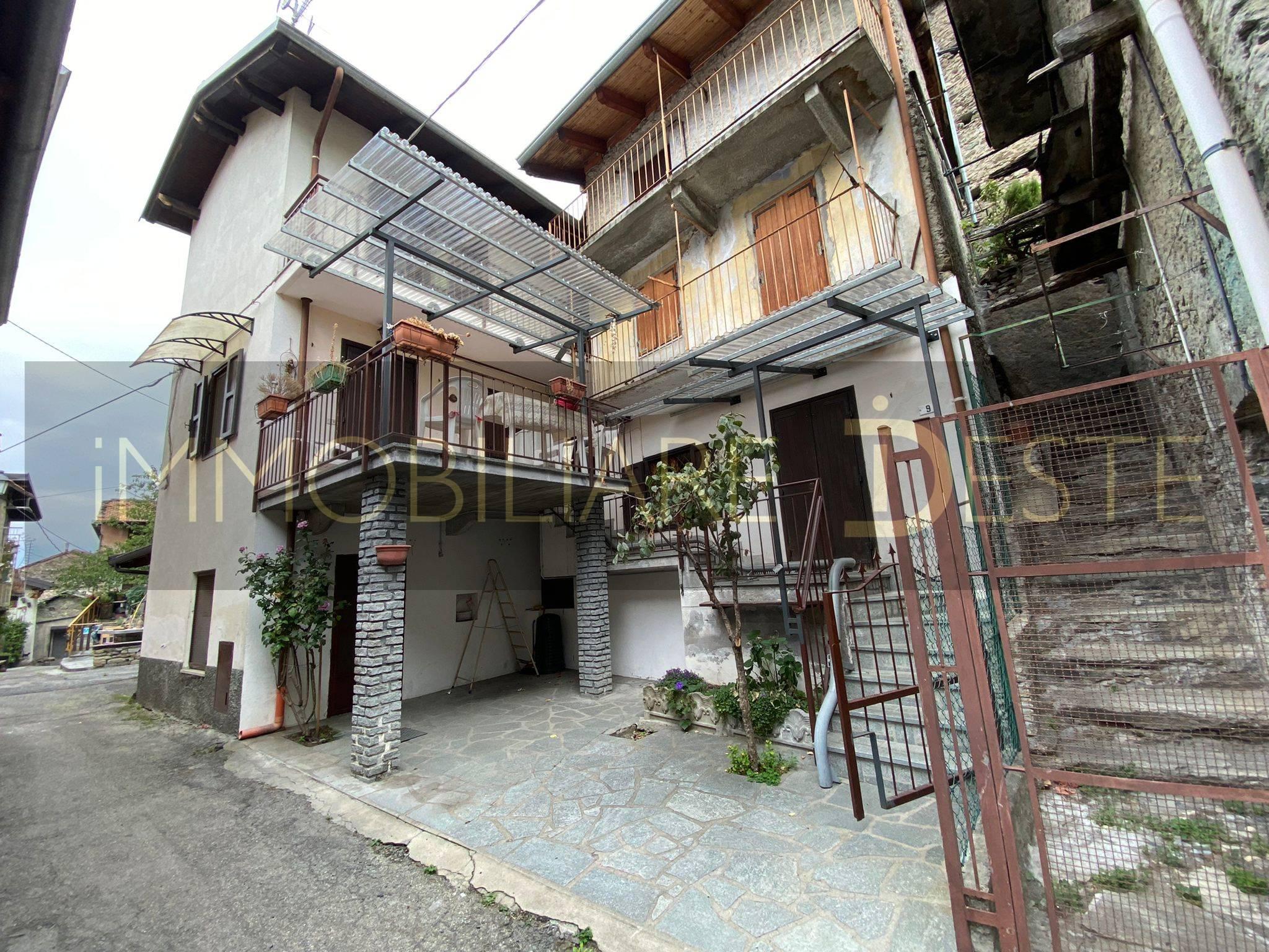 San Giorio di Susa (TO): semindipendente con cortile e terrazzo